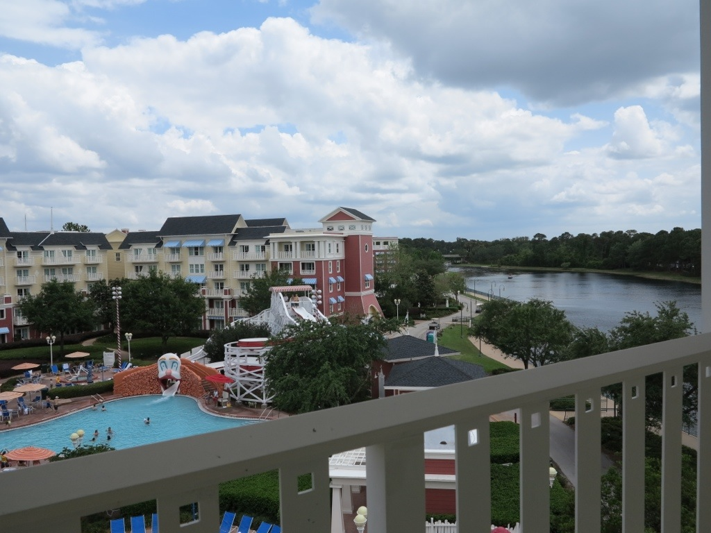 A Look at a One Bedroom Villa at Disneys Boardwalk Villas