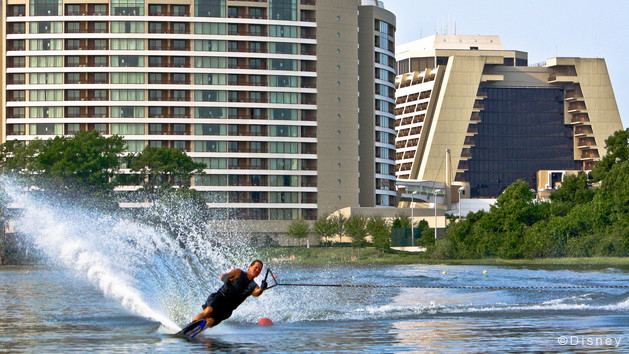 waterskiing-00