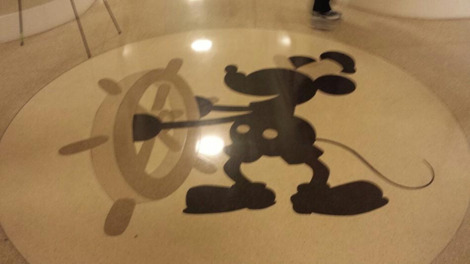 D3 mickey floor