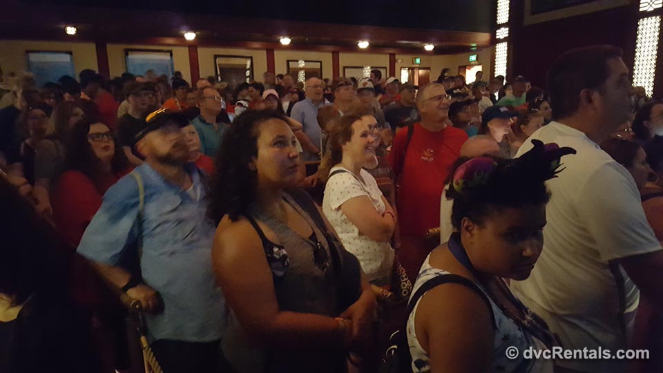 Great Movie Ride Guests Watching Pre Show