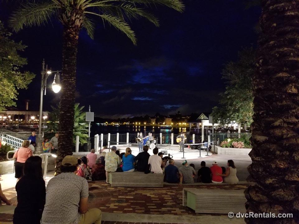 Disney performers entertain crowd