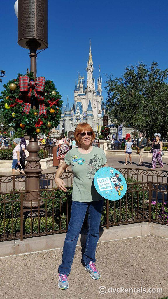 Mickey Happy Birthday Photo Pass Opportunity