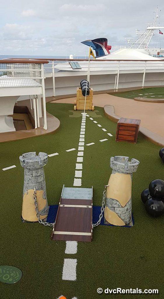 Disney Cruise Golfing