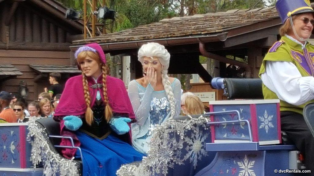 Anna and Elsa Disney Christmas Parade