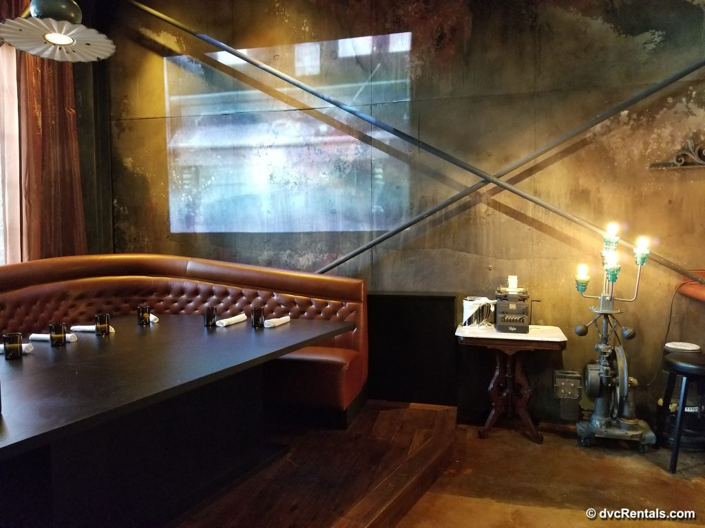 The Edison – corner booth