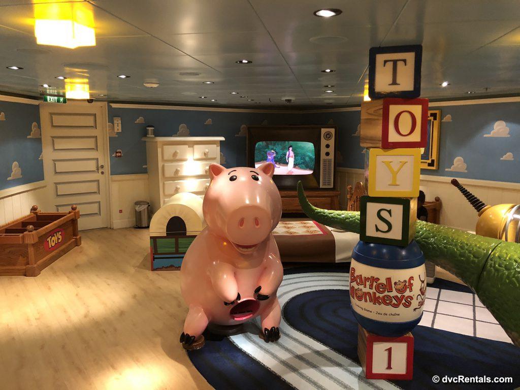 Andy's Room in the Oceaneer Club
