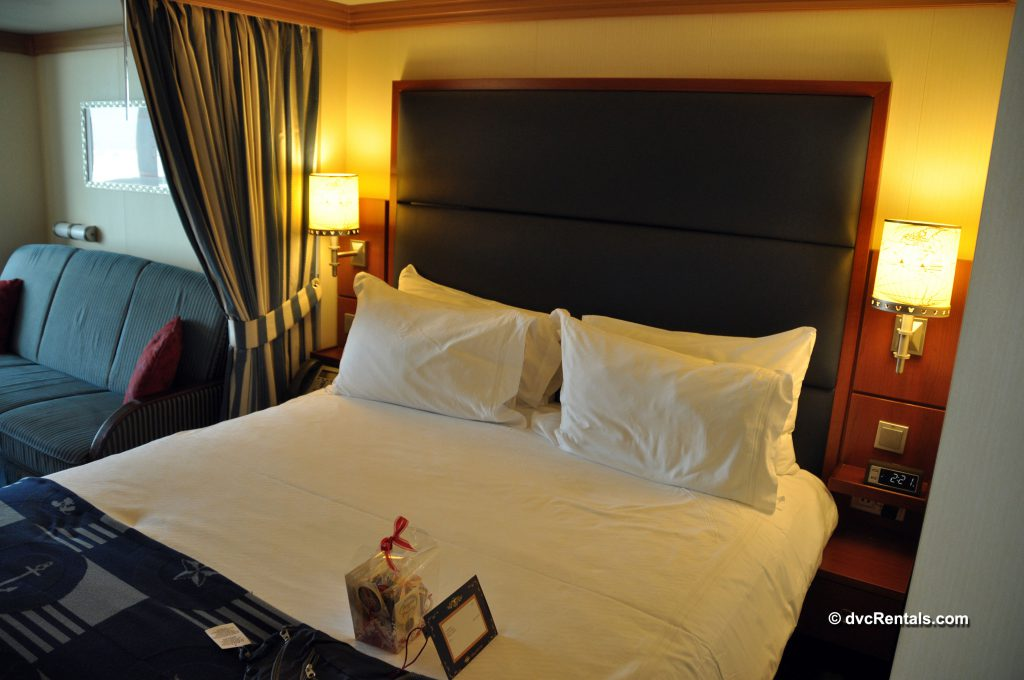 Photo of stateroom aboard the Disney Dream