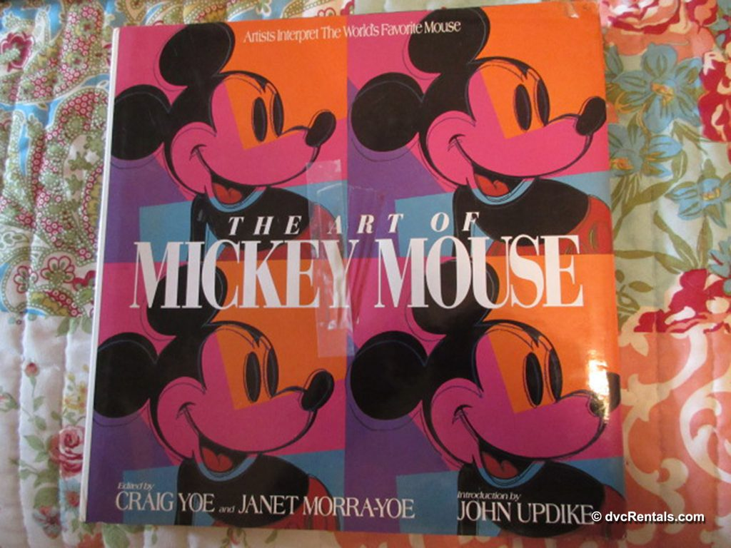 Book cover of The Art of Mickey Mouse