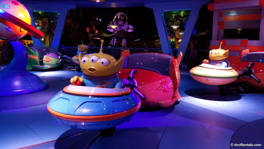 Alien vehicle for the Alien Swirling Saucers