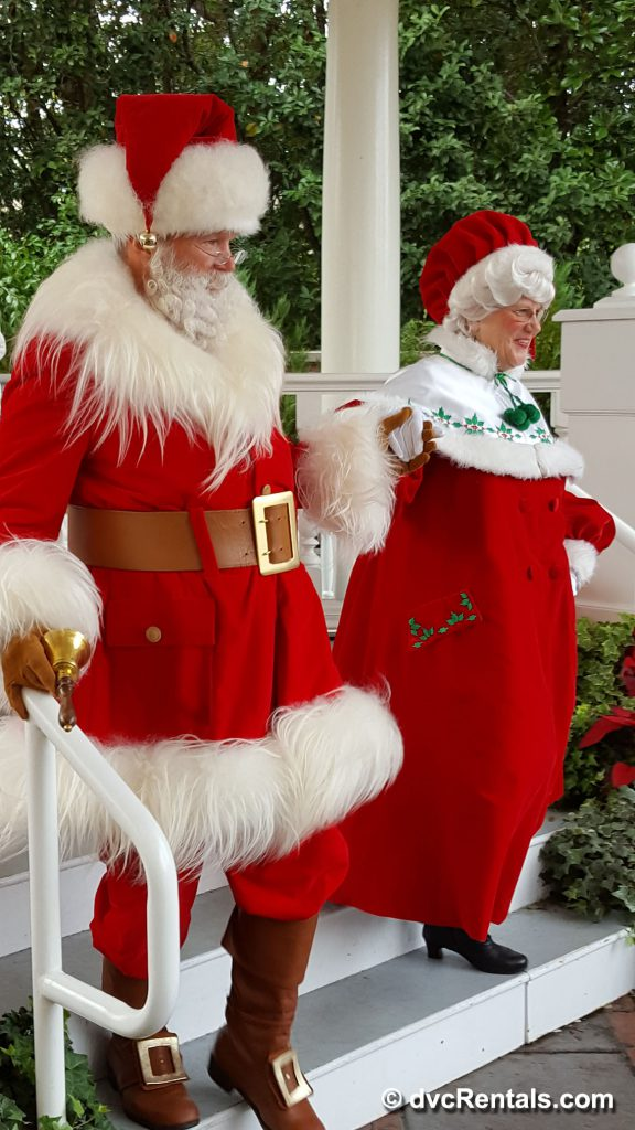 Mr. and Mrs. Claus at Epcot