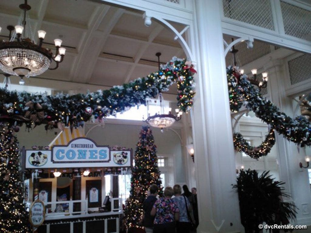Boardwalk Lobby decorated for Christmas