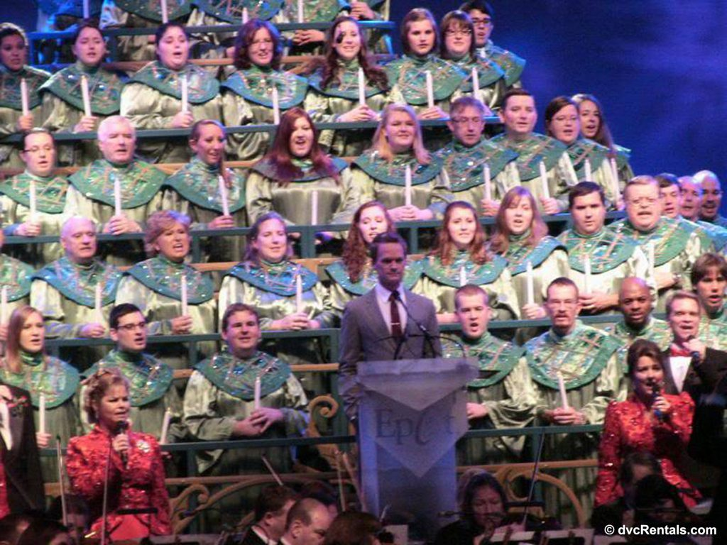 Narrator and Choir for the Candlelight Processional