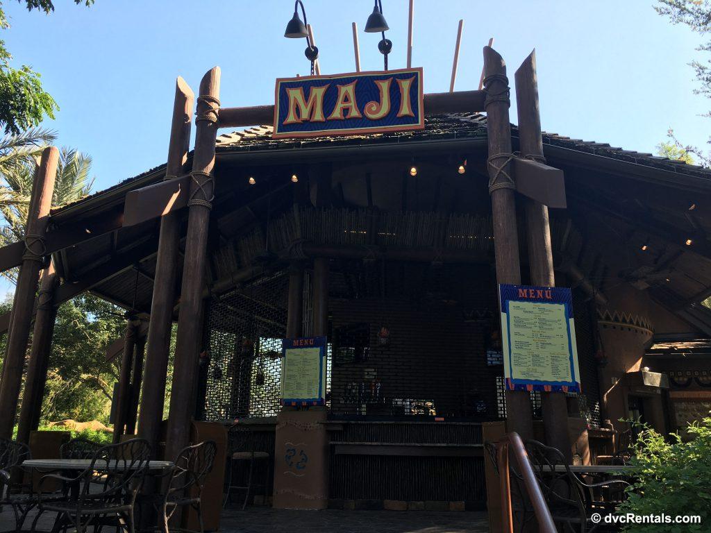 Maji Pool Bar