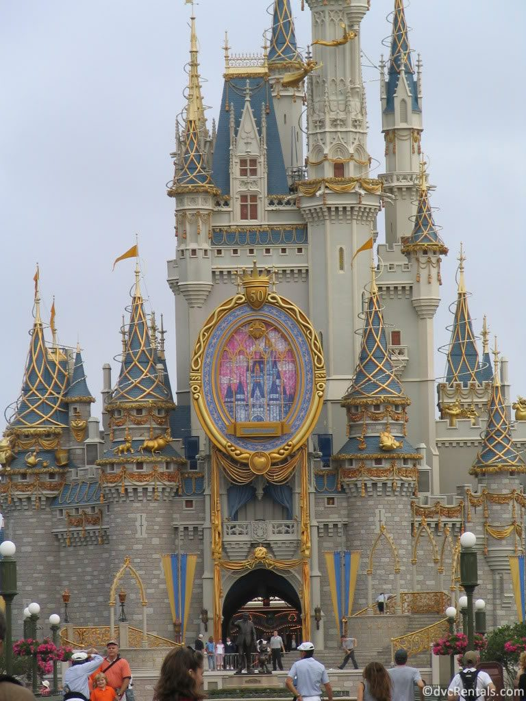 2005 Castle Celebrating Disneyland's 50th