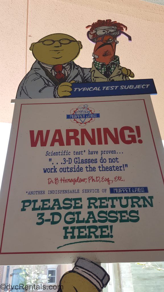 3D glasses return bin