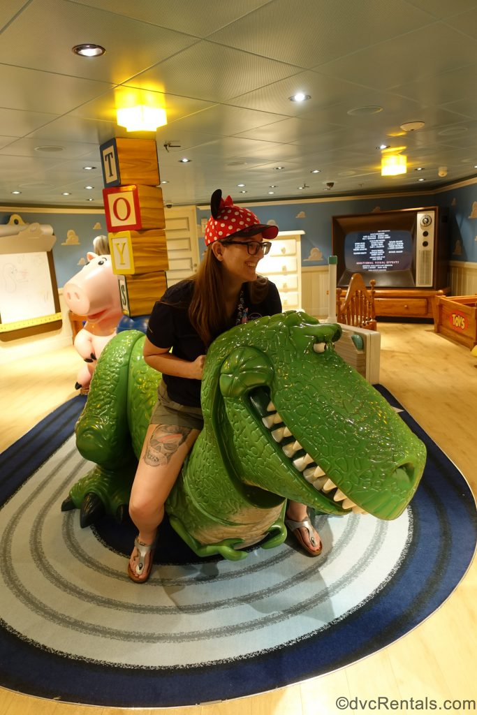 Team Member Carly playing in the Kid's Club on the Disney Dream