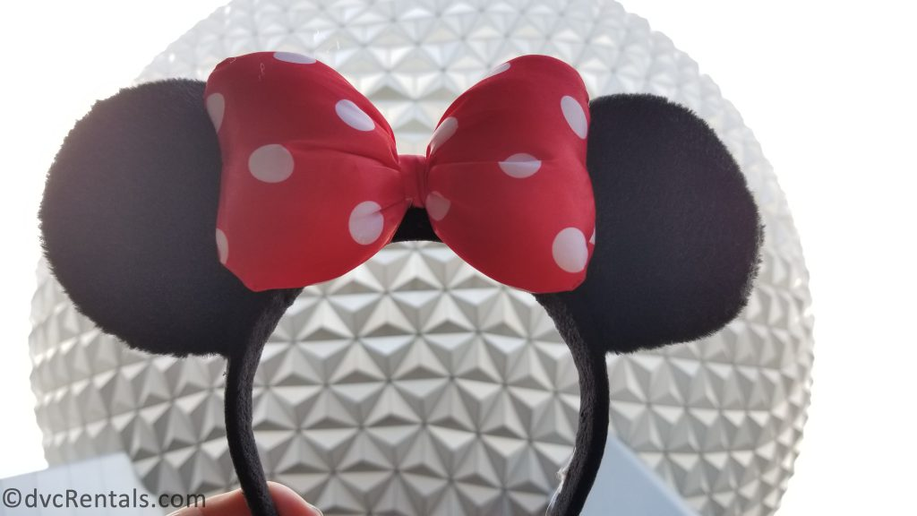 Picture of Minnie Ears and Spaceship Earth at Epcot