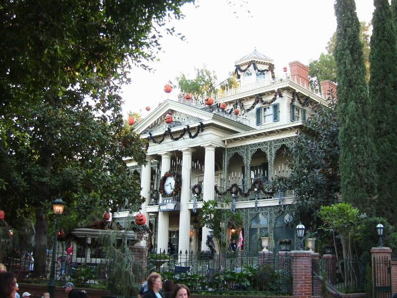 Exterior image of the Haunted Mansion in Disneyland