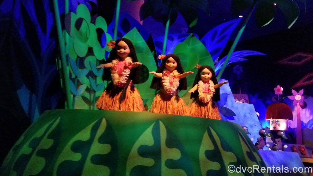 It's a Small World Animatronic