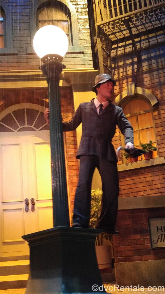Singing in the Rain animatronic from the Great Movie Ride