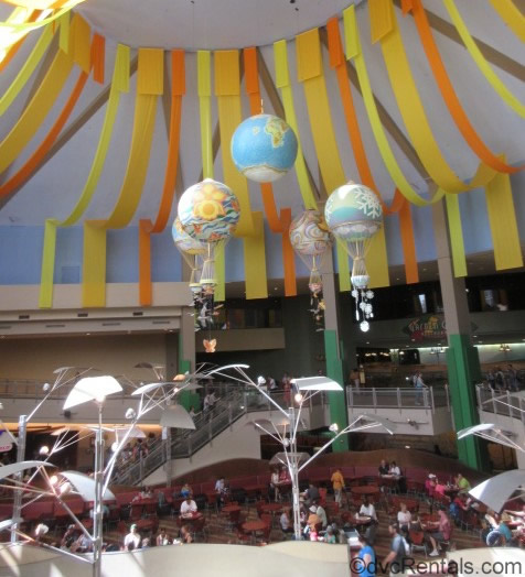 Hot Air balloons at Sunshine Seasons restaurant