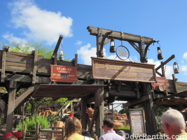 Big Thunder Mountain entrance and wait time signs