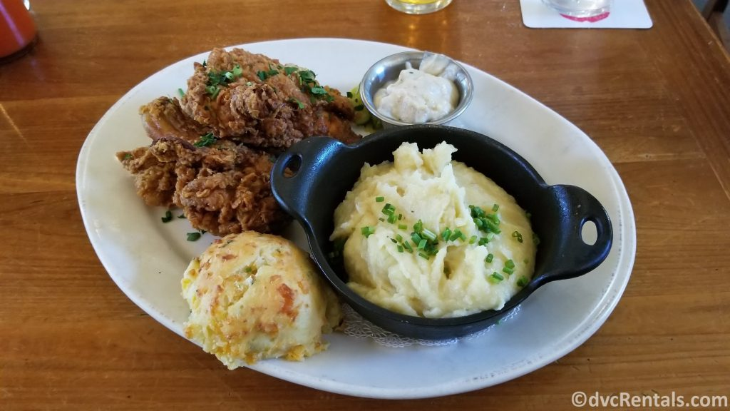 Fried Chicken and mashed potatoes from Chef Art Smith's Homecomin' Restuarant