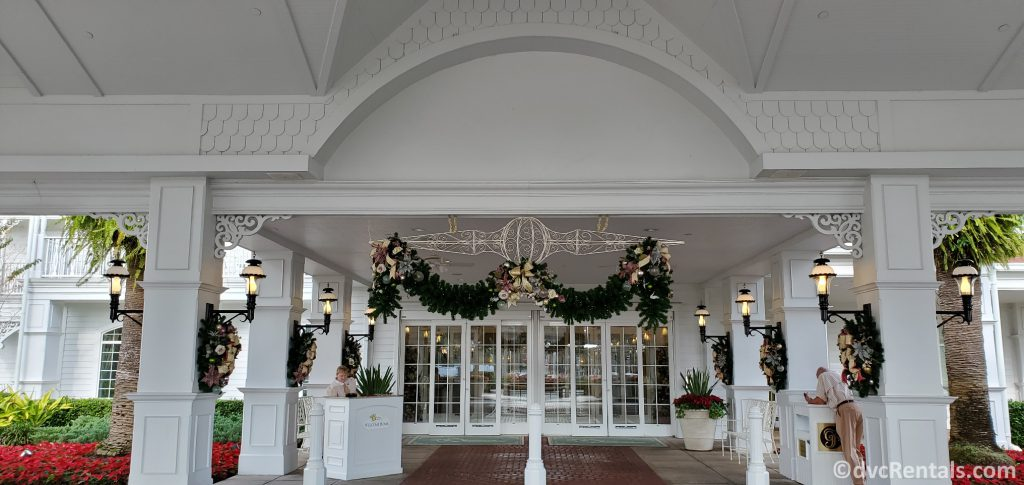 Entrance to the Villas at Disney Grand Floridian with Christmas Decorations