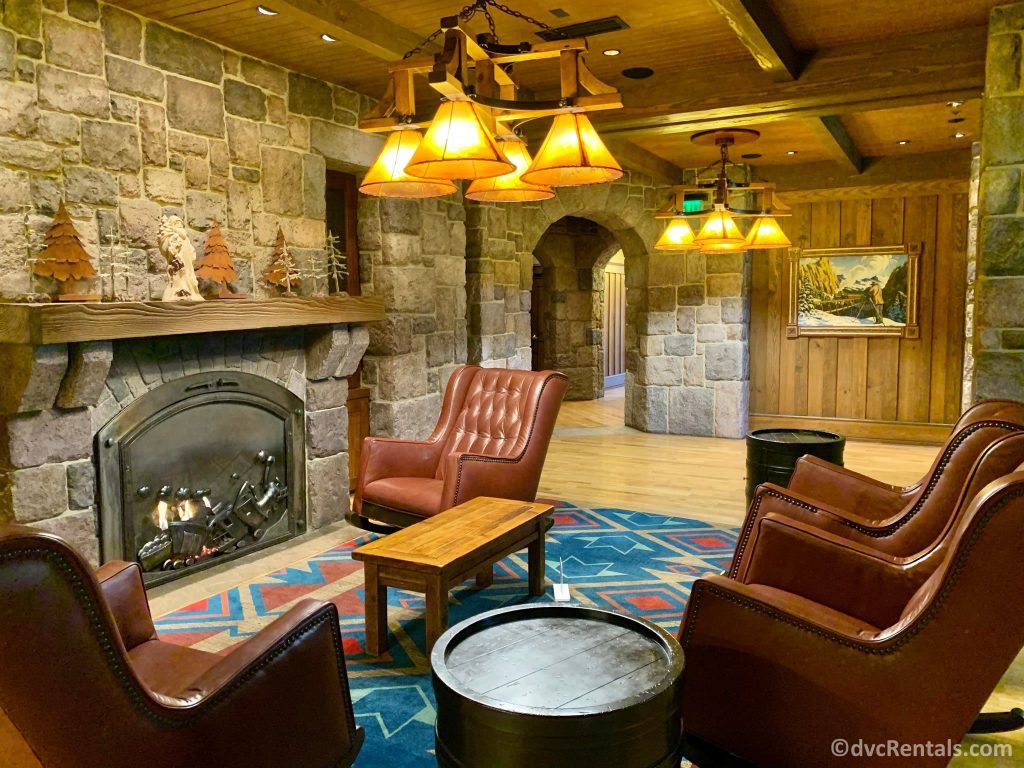 sitting area in the Boulder Ridge Villas building at Disney's Wilderness Lodge