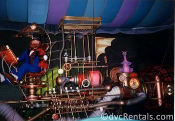 Dreamfinder from the Imagination pavilion in Epcot