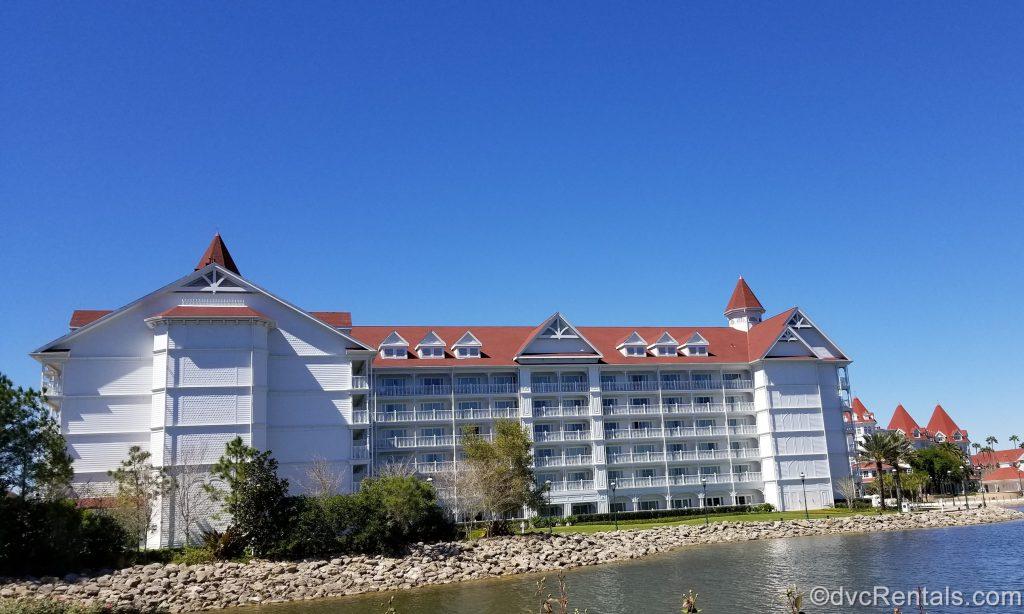 Exterior image of the Villas at Disney's Grand Resort & Spa