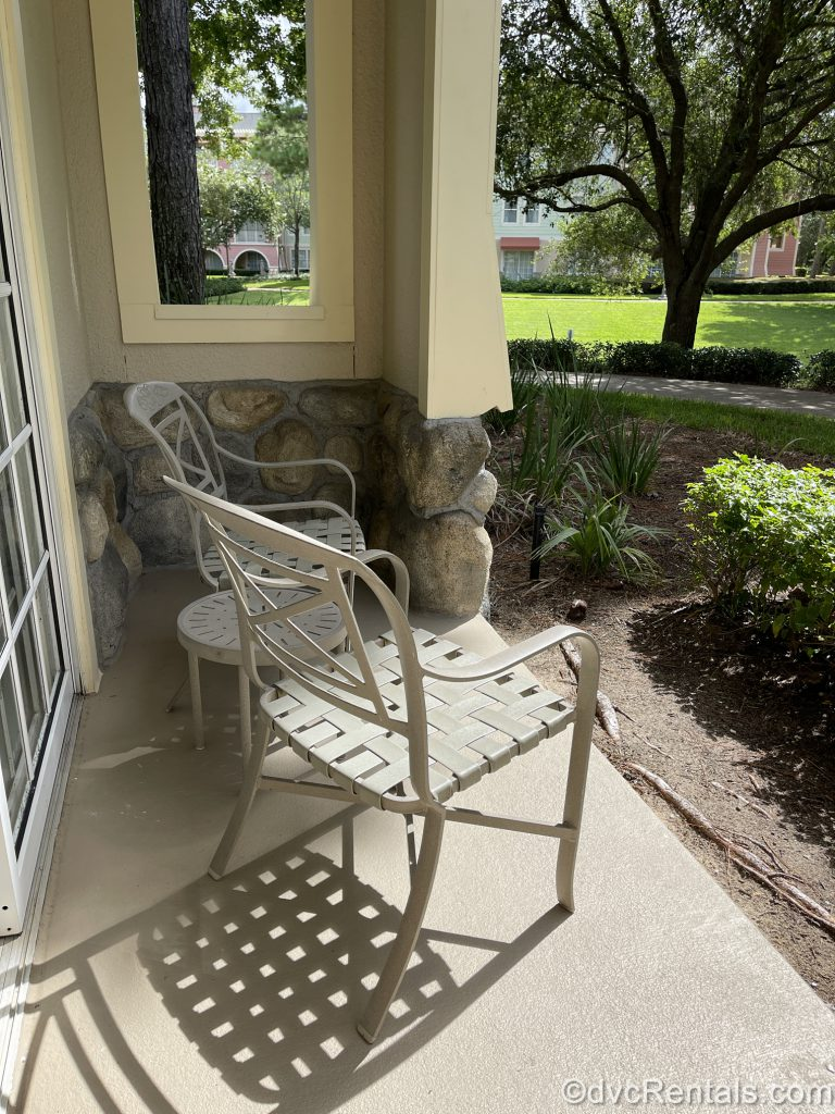 Patio table and chairs at Disney's Saratoga Springs Resort & Spa